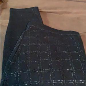 NWOT Hue Windowpane Leggings XL